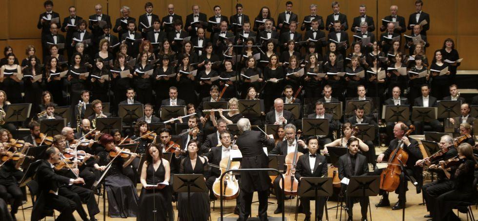 Adrián Martín y su disco «Lleno de vida».La Orquesta Sinfónica de Galicia fue creada en el año 1992 por el Concello de A Coruña.