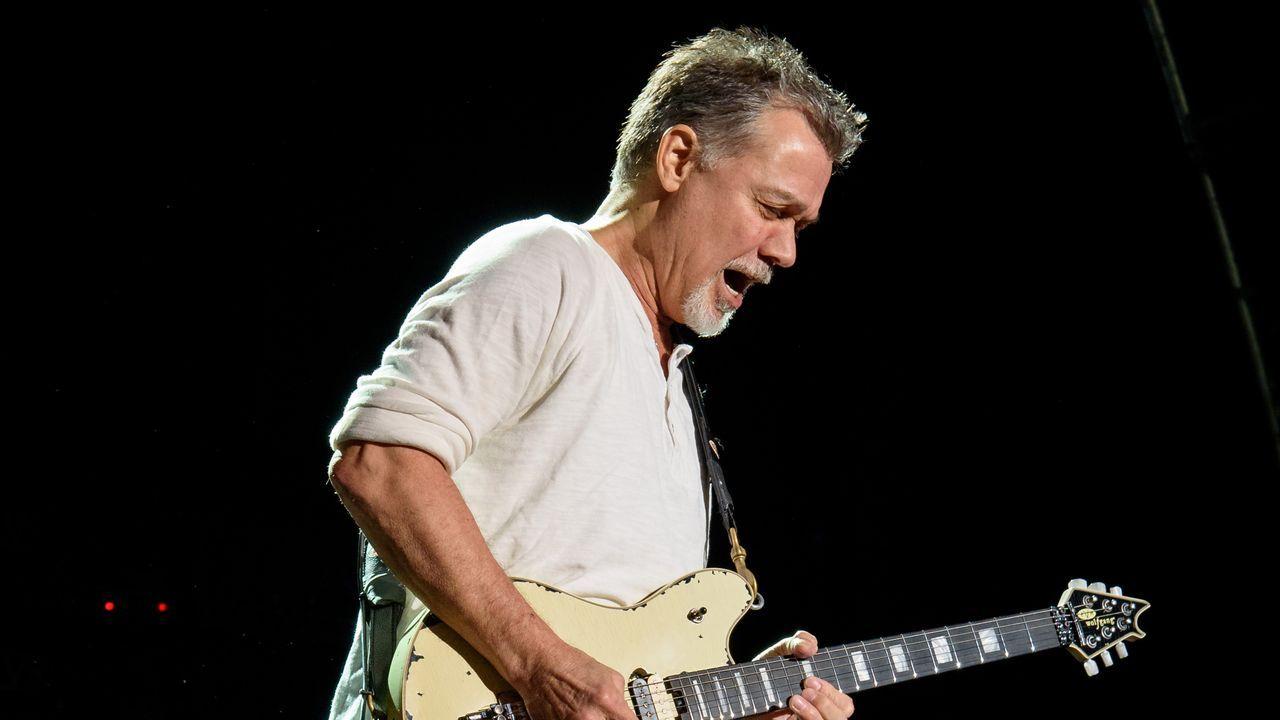 Van Halen en un concierto en el año 2012