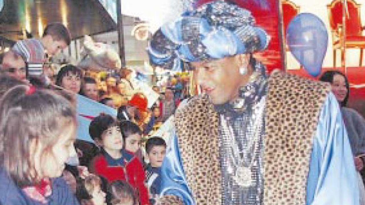 Las cabalgatas de Reyes en Asturias.Mazinho (1998)