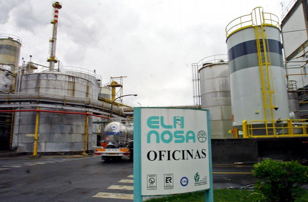 La reforma de la Ley de Costas permite a las fábricas pedir una prórroga de su concesión.