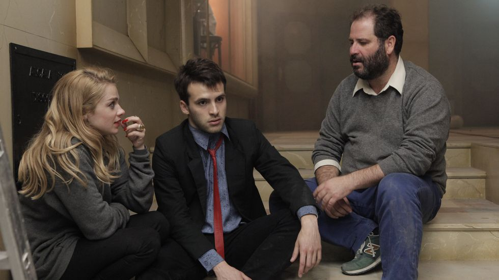Así ha sido el paso de Pilar Punzano por «Cuéntame».Óscar Aibar con Carla Nieto (Nuka) y Ricardo Gómez (Carlos)