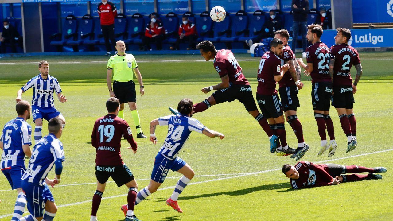 Marina Crespo, durante el partido entre el Real Oviedo Femenino y el Deportivo Alavés