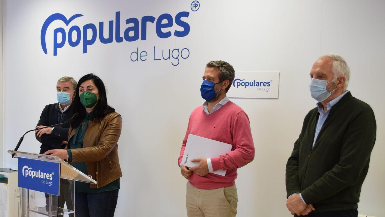 Elena Candia xunto a Barreiro, De Olano e García Díez