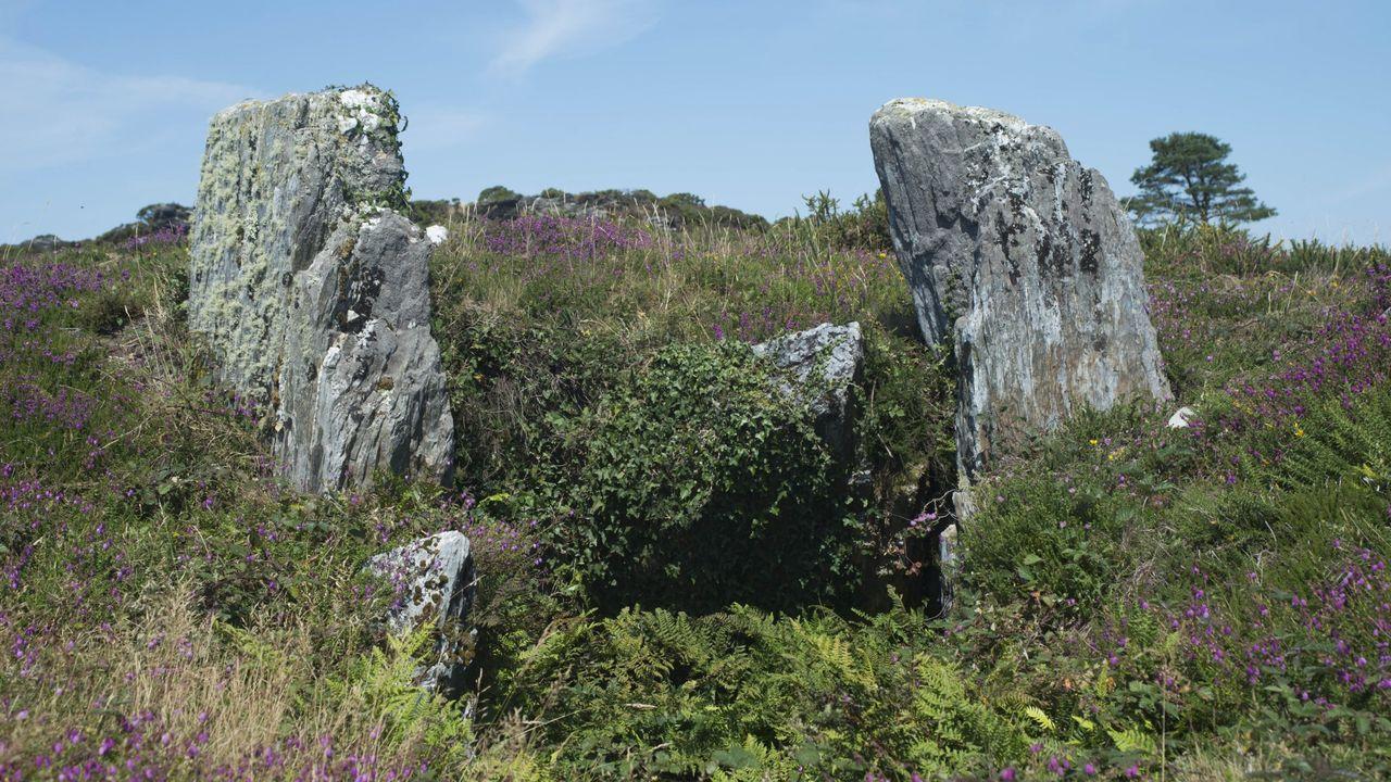 Dolmen del Forno dos Mouros, en Abeledo, Mañón