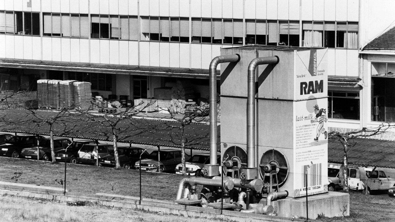 Tensión por la doble manifestación de independentistas y policías en Barcelona.Vista de la fábrica de Complesa, en marzo de 1992