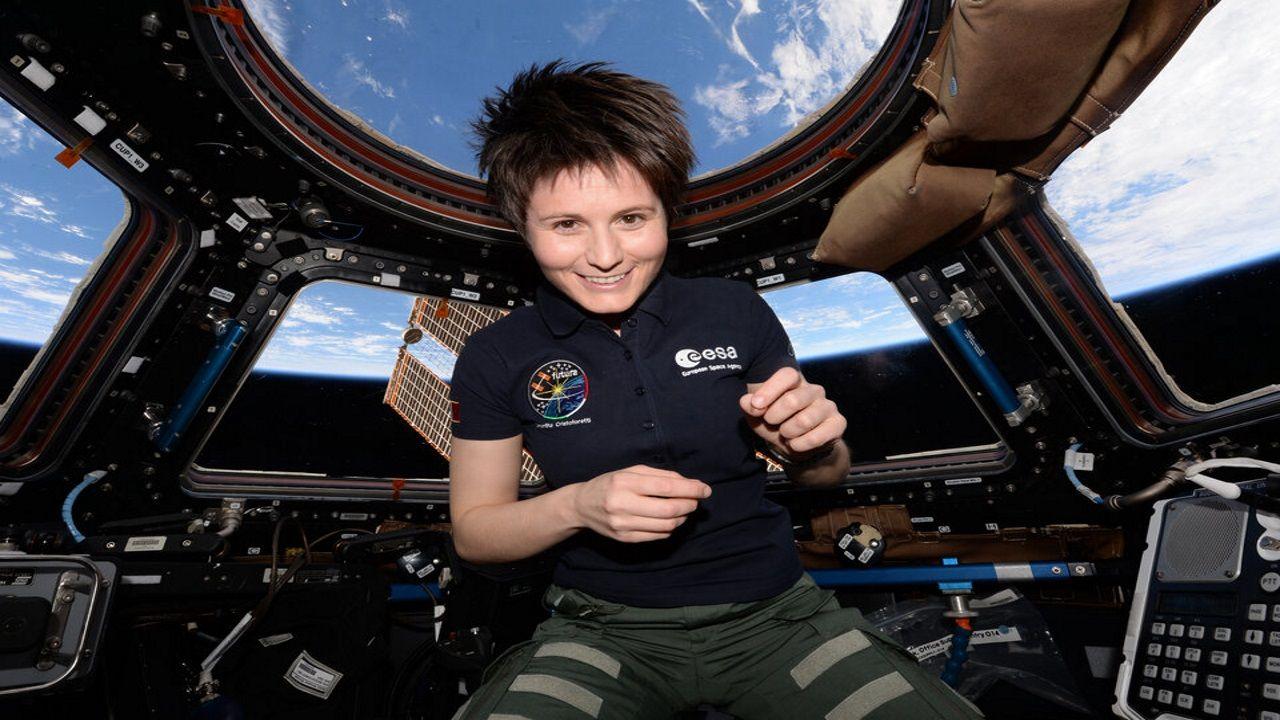 Samantha Cristoforetti a bordo de la Estación Espacial Internacional.