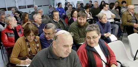 Los militantes del BNG de Lugo celebraron ayer una asamblea en la que decidieron romper el pacto de gobierno del frente con Orozco.