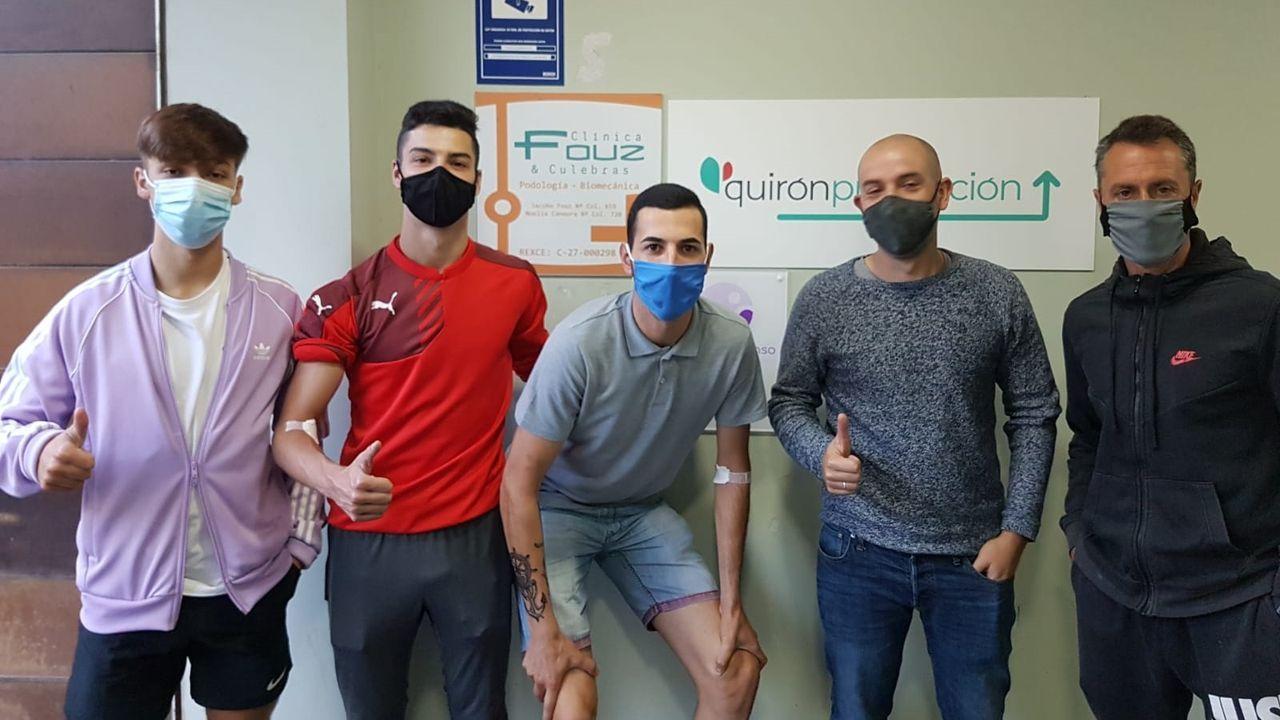 Los jugadores del Viveiro se sometieron a test serológicos en la clínica Fouz de la localidad, con pleno de negativos