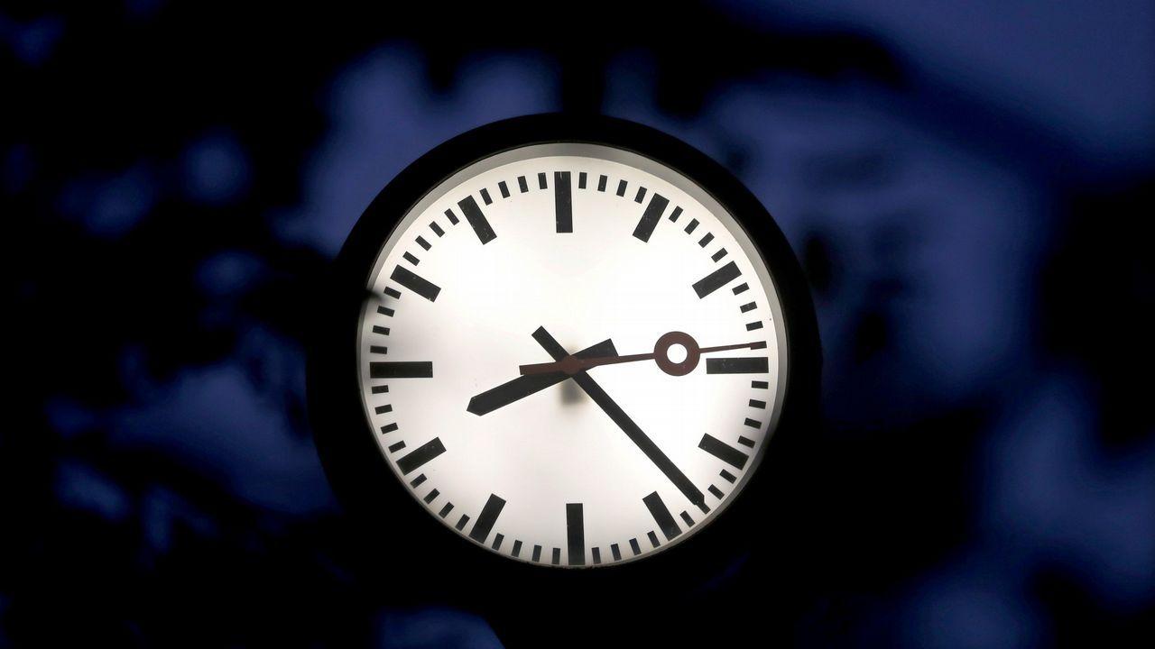 Las llamadas, en ocasiones derivadas del 016, se atienden las 24 horas del día incluso festivos.