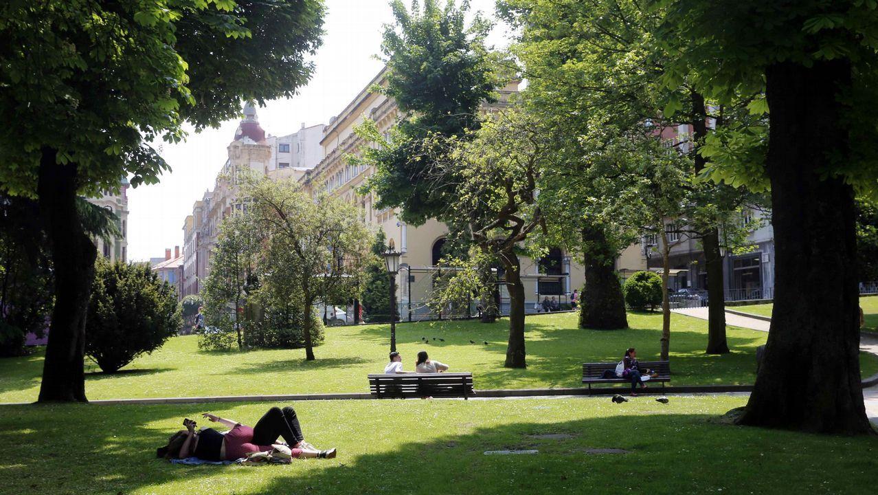 El otoño será más cálido de lo normal en Galicia.El parque de San Francisco, en el centro de Oviedo