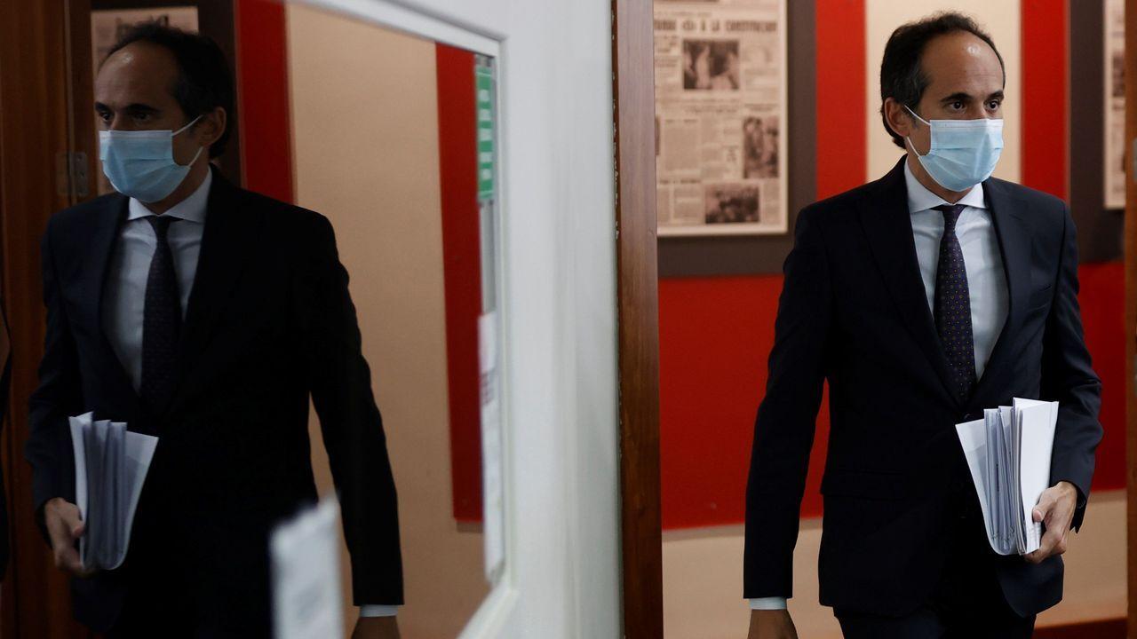 Francesc Vallés, recién nombrado secretario del Estado de Comunicación, a su llegada este martes a la rueda de prensa posterior a la reunión del Consejo de Ministros