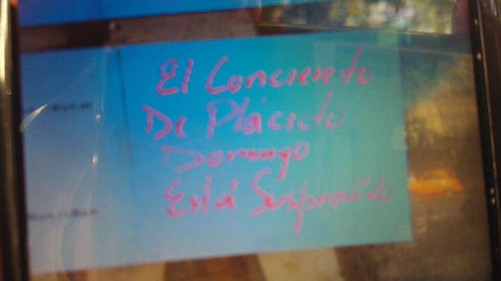 Cartel que anuncia la suspensión del concierto de Plácido Domingo, en La Habana, tras la muerte de Fidel Castro.Cartel que anuncia la suspensión del concierto de Plácido Domingo, en La Habana, tras la muerte de Fidel Castro