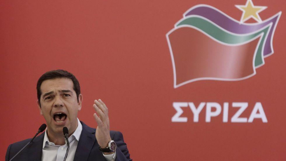 Tsipras e Iglesias, juntos en un acto de Syriza celebrado en Atenas el pasado enero.