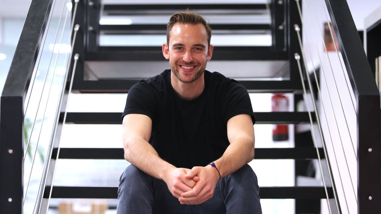 El escritor suizo Joel Dicker