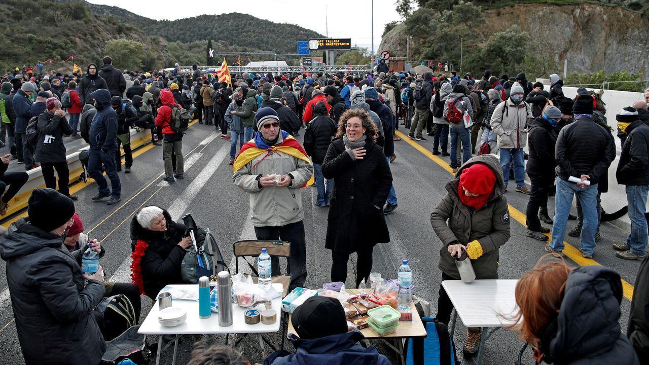 Tsunami Democràtic bloquea la frontera con Francia en las proximidades de La Junquera