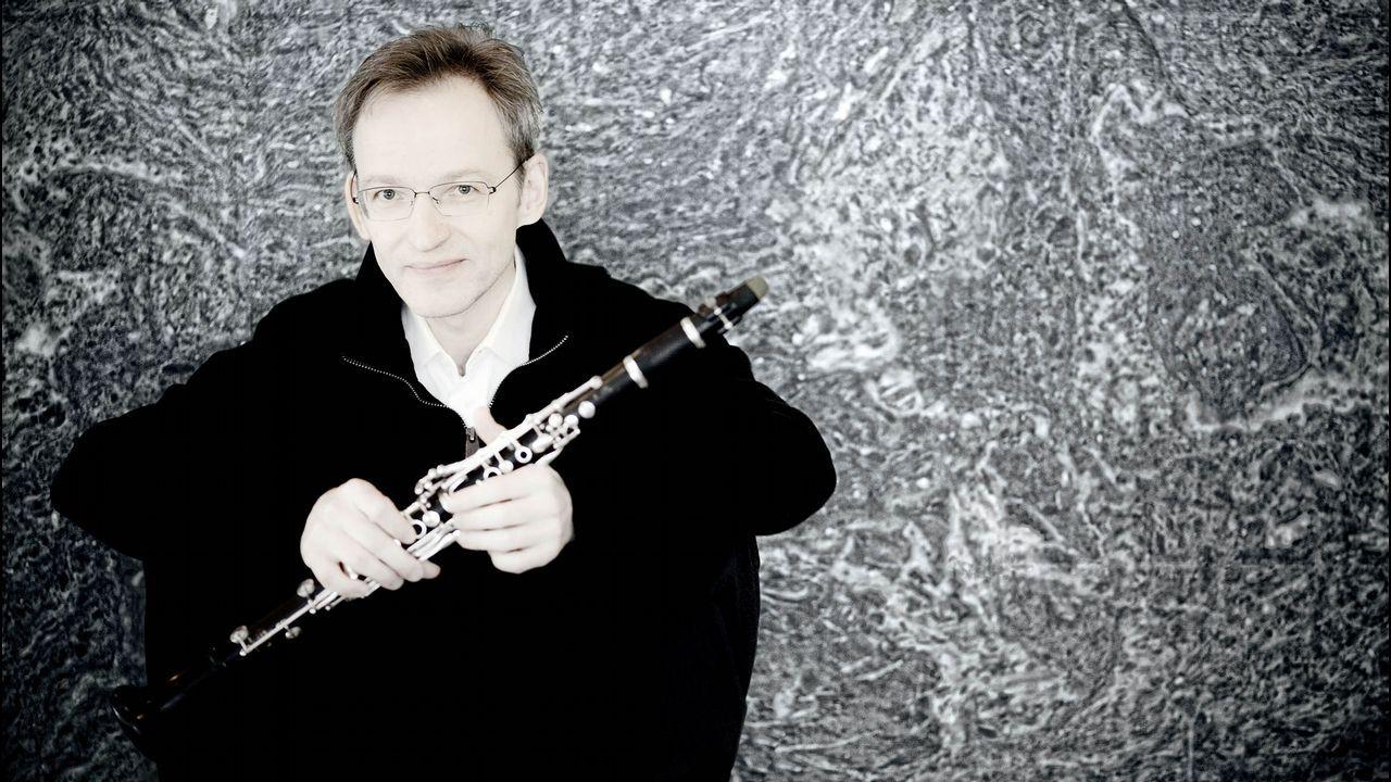 Álbum de fotos: Así se encuentran el estadio de A Alta.El reconocido clarinetista finlandés Kari Kriikku