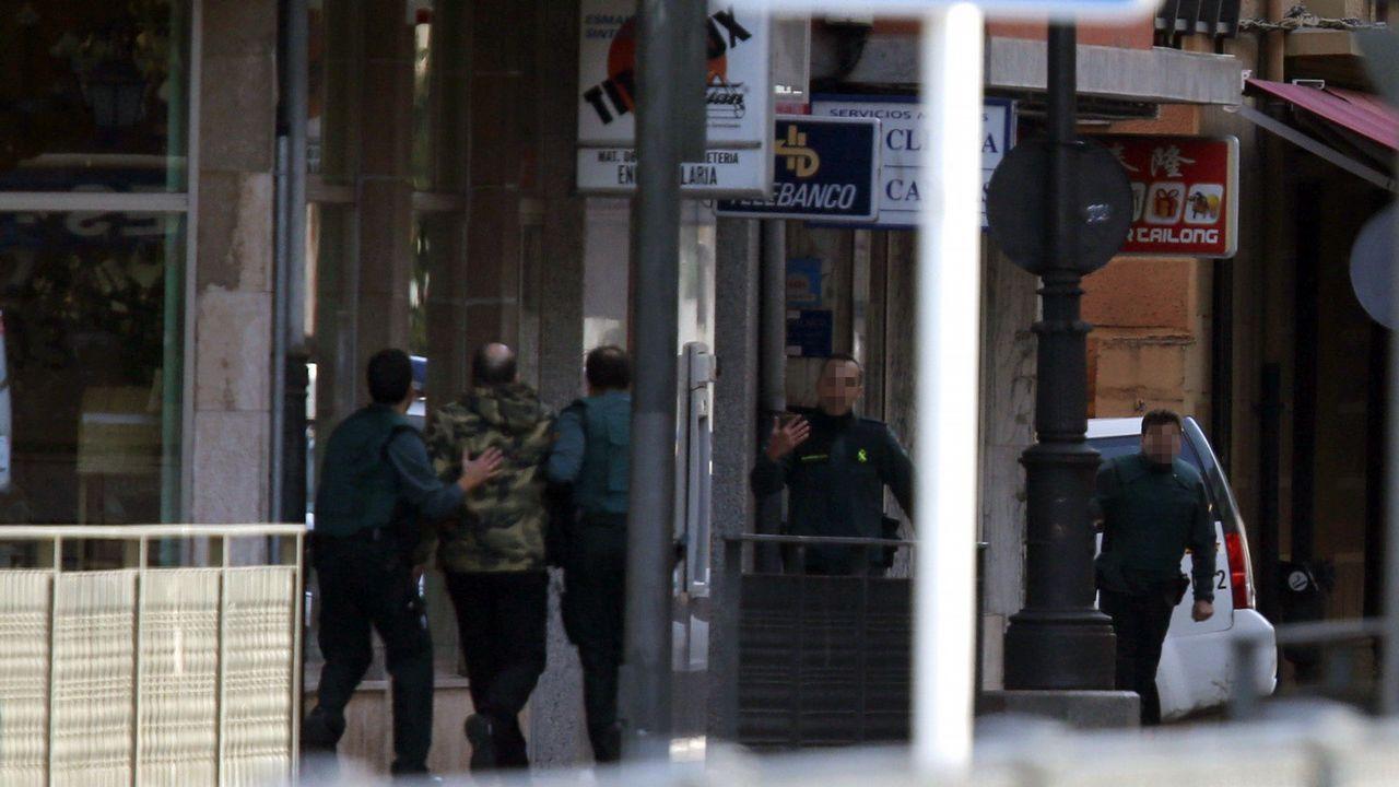 Pasa a disposición judicial el atracador del banco de Cangas de Onís.Ángel Antonio del Valle, expresidente de Duro Felguera