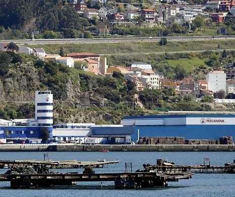 <span lang= es-es >Y la incógnita es en manos de quién acabará Pescanova</span>. Los administradores concursales han tomado el mando de la multinacional y líder del sector pesquero, después de que el juzgado apartase de la gestión a Manuel Fernández de Sousa.