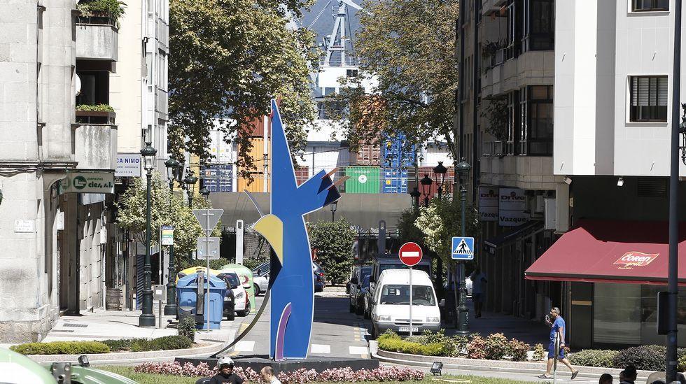 Los obstáculos que tapan el mar en el centro de Vigo