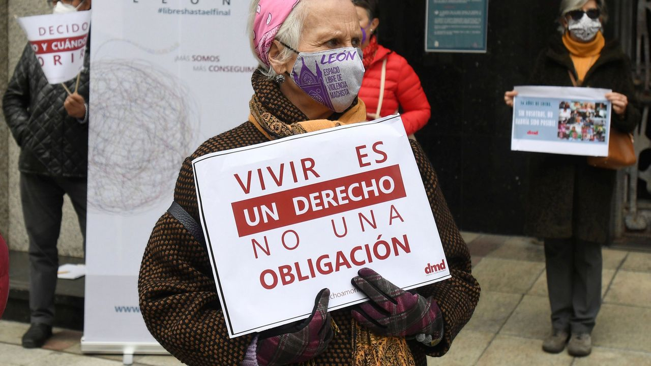 Jorge Buxadé, eurodiputado de Vox, en una rueda de prensa este lunes en Madrid