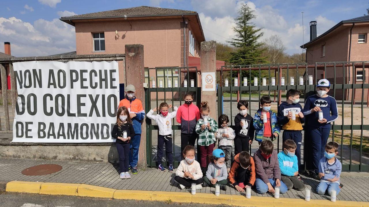 La protesta es una más dentro del firme rechazo de la localidad al cierre de su colegio