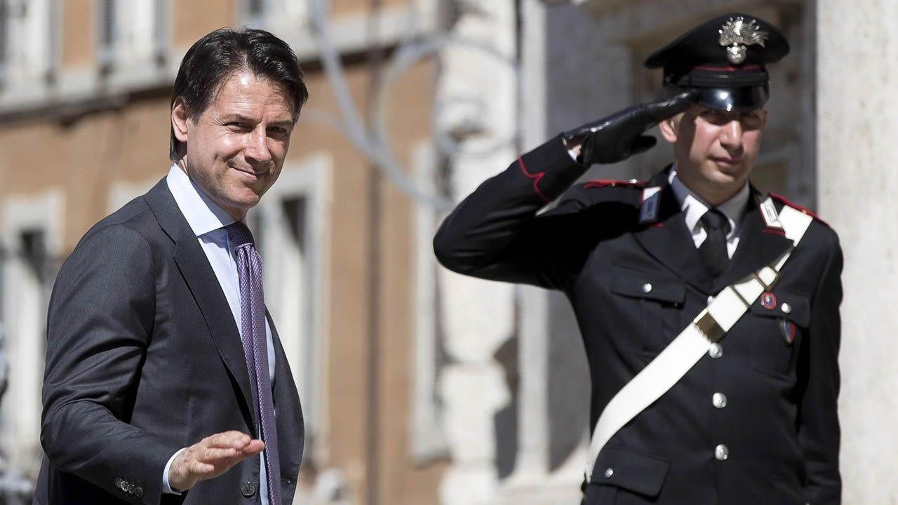Las caras del equipo de Gobierno de Pedro Sánchez.El jurista Giuseppe Conte a su llegada este jueves al Congreso de los Diputados en Roma
