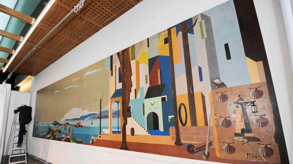 Las comparsas toman los juzgados de A Coruña.Palcos del Teatro Colón