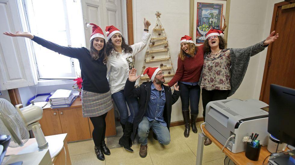 Sostenible Navidad en la Diputación.Pedro Sánchez y Adriana Lastra, poco antes del comienzo de la sesión de investidura.