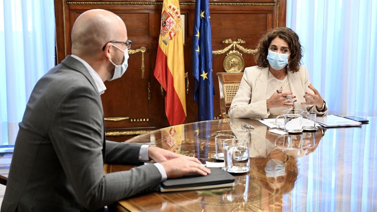 El secretario de Estado de Derechos Sociales, Nacho Álvarez, persona de confianza de Pablo Iglesias, y la ministra de Hacienda, María Jesús Montero, serán los negociadores de los presupuestos con los partidos