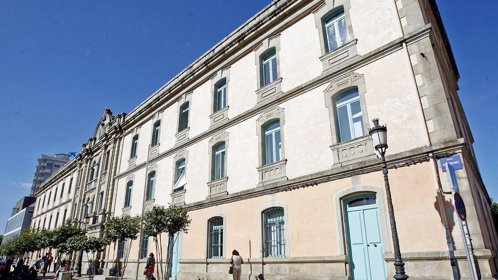 DESPUÉS. Facultad de Bellas Artes de Pontevedra. Hace dos decenios que el antiguo cuartel de San Fernando pasó a ser sede de los estudios de Artes.
