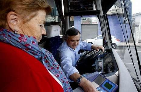 El plan metropolitano de transporte le supone a los laracheses abonar 1,81 euros por cada viaje.