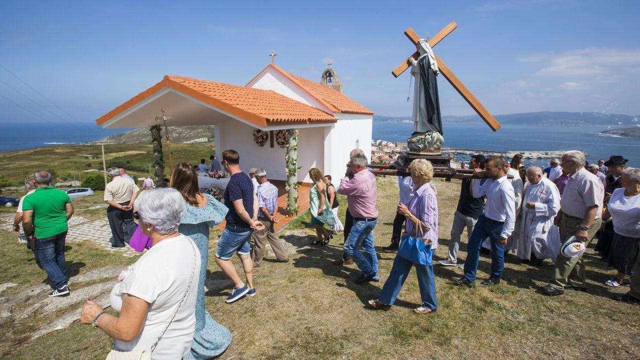Jornada de tradición en la romería de Santa Rosa de Laxe