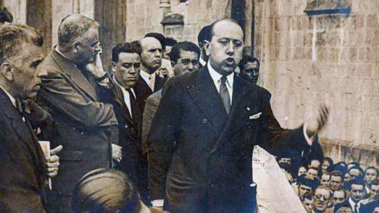 Jose Maria Gil Robles en el mitin celebrado en Covadonga en septiembre de 1934