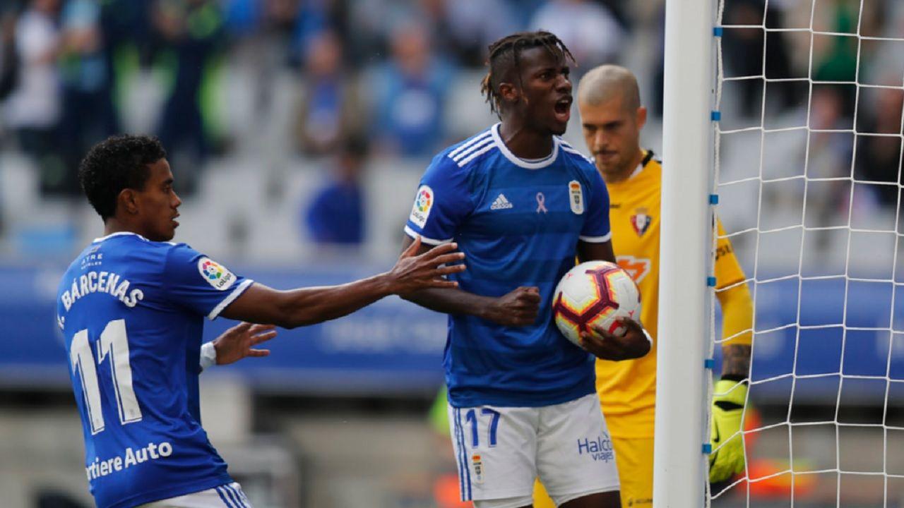 Gol Ibrahima Barcenas Real Oviedo Osasuna Carlos Tartiere.Ibrahima y Bárcenas celebran el 1-1 ante Osasuna