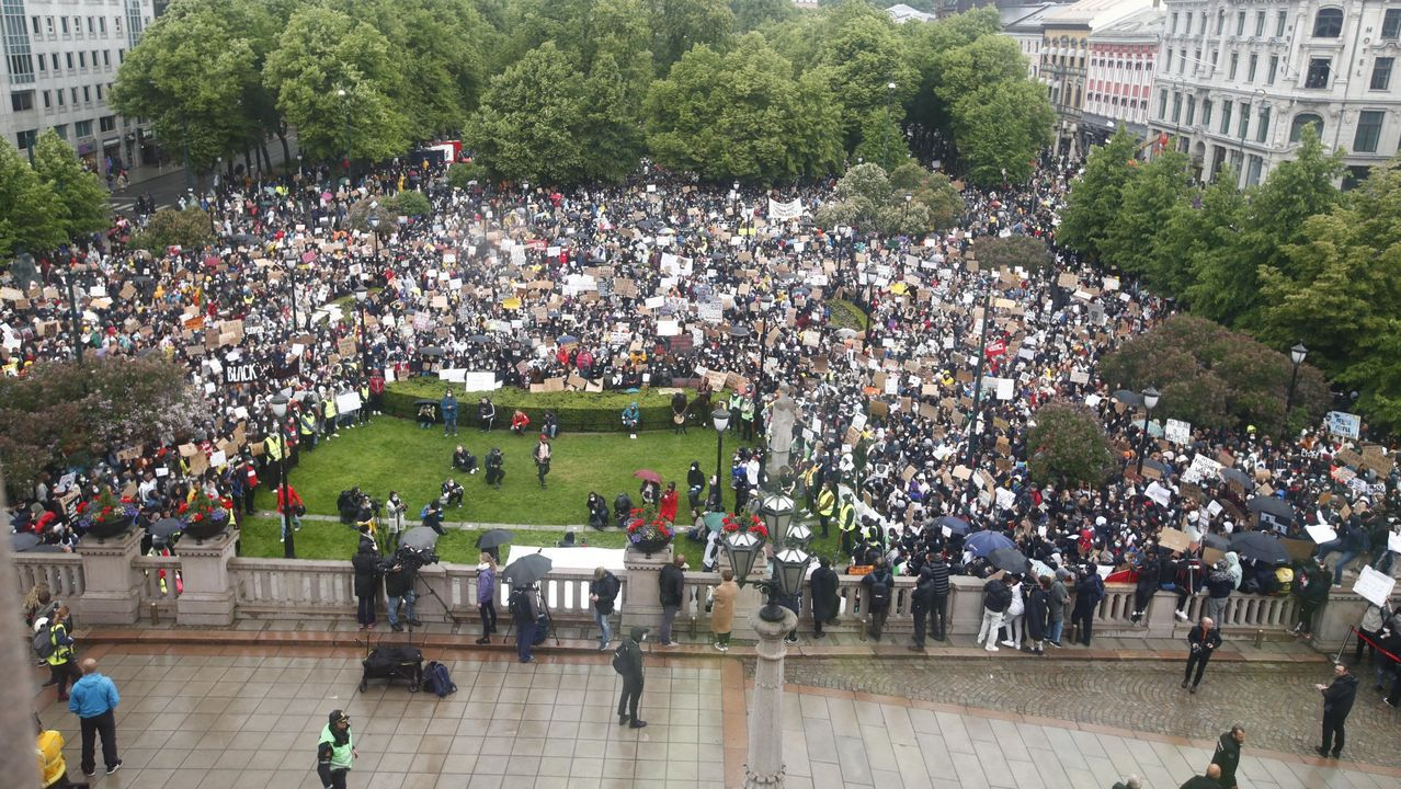 Manifestación en Olso en contra de la violencia racial