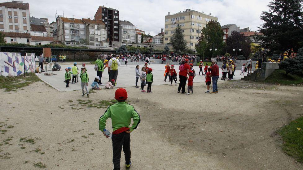 Los estudiantes fueron llegando de forma escalonada al final del recorrido en el Parque dos Condes