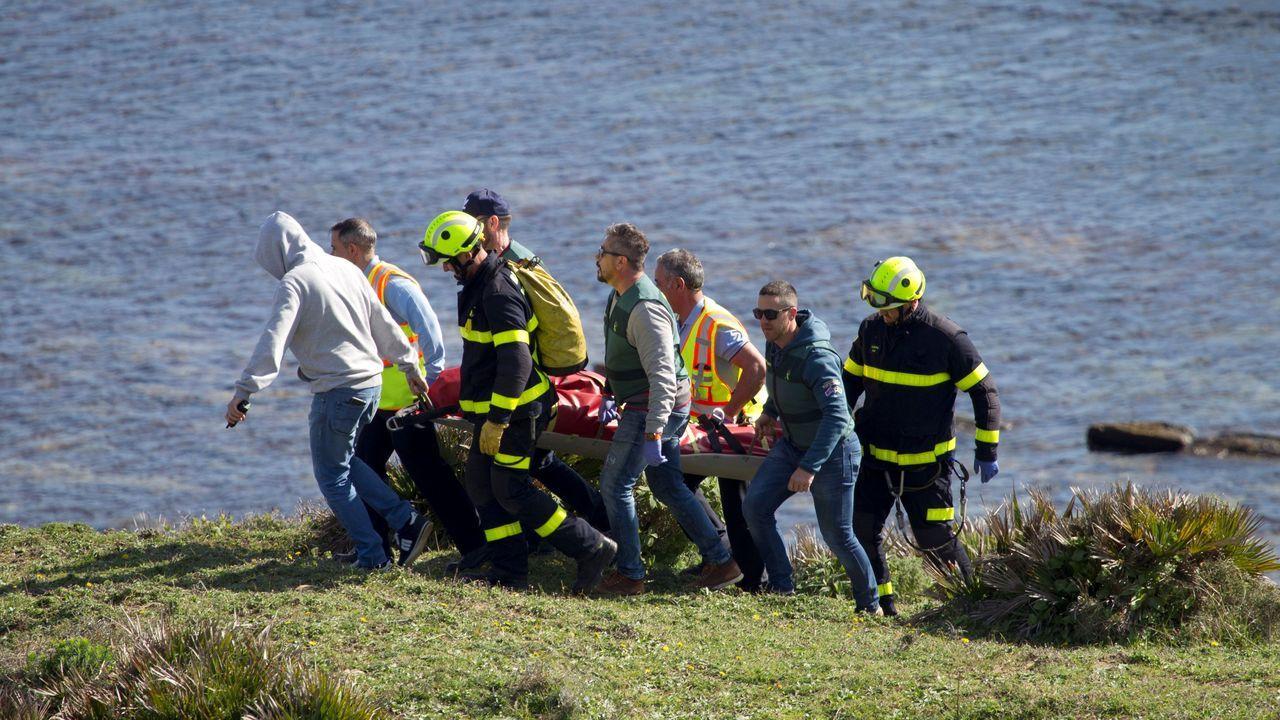 Los supervivientes desembarcaron en Portonovo.El Albacora Seis, en una imagen de archivo del Ministerio de Agricultura, Pesca y Alimentación