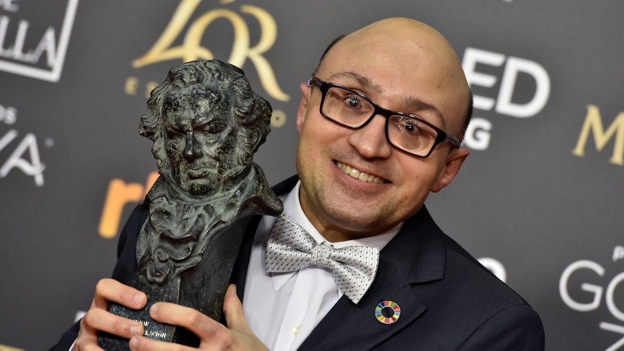 La entrega de premios de los Goya 2019.Jesús Vidal,  tras recibir el Goya al mejor actor Revelación, por su papel en «Campeones»