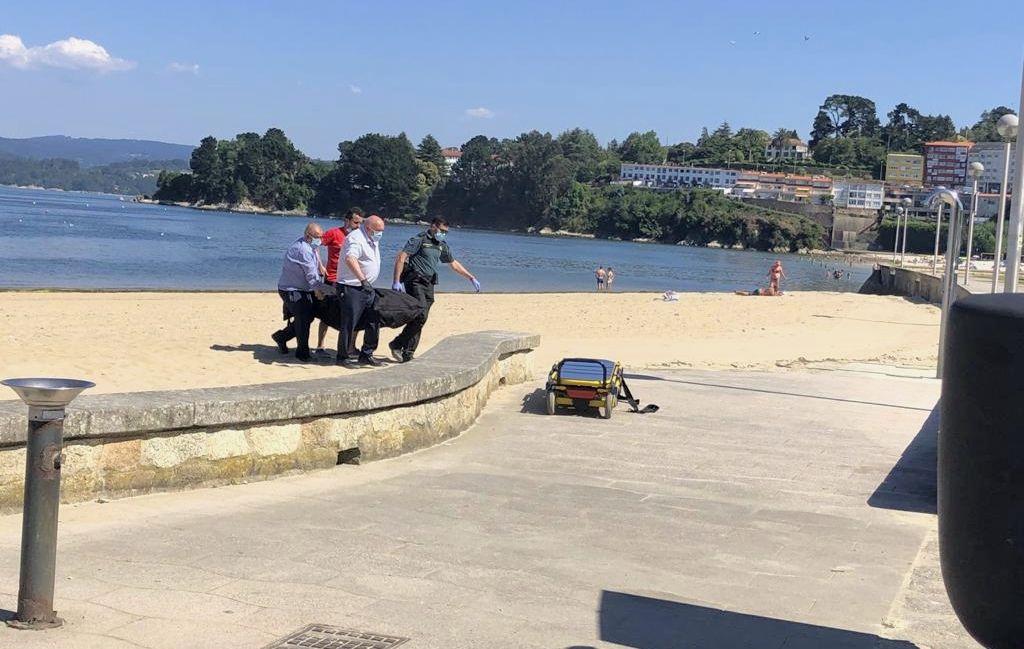 Intervención del alcalde de Sada sobre el Náutico.Los sanitarios intentaron salvar la vida de la mujer, pero no lo consiguieron