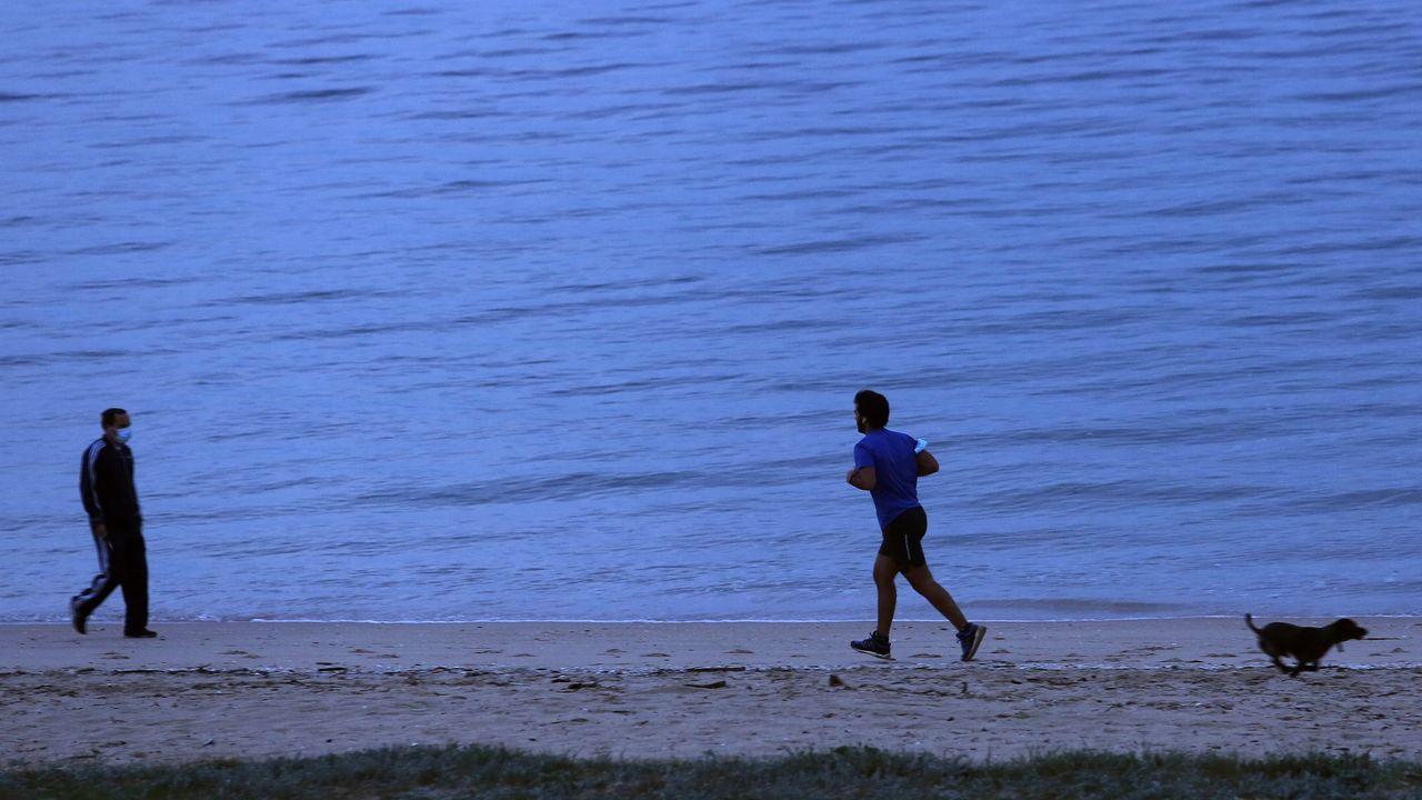 Imagen de la playa ribeirense de Coroso