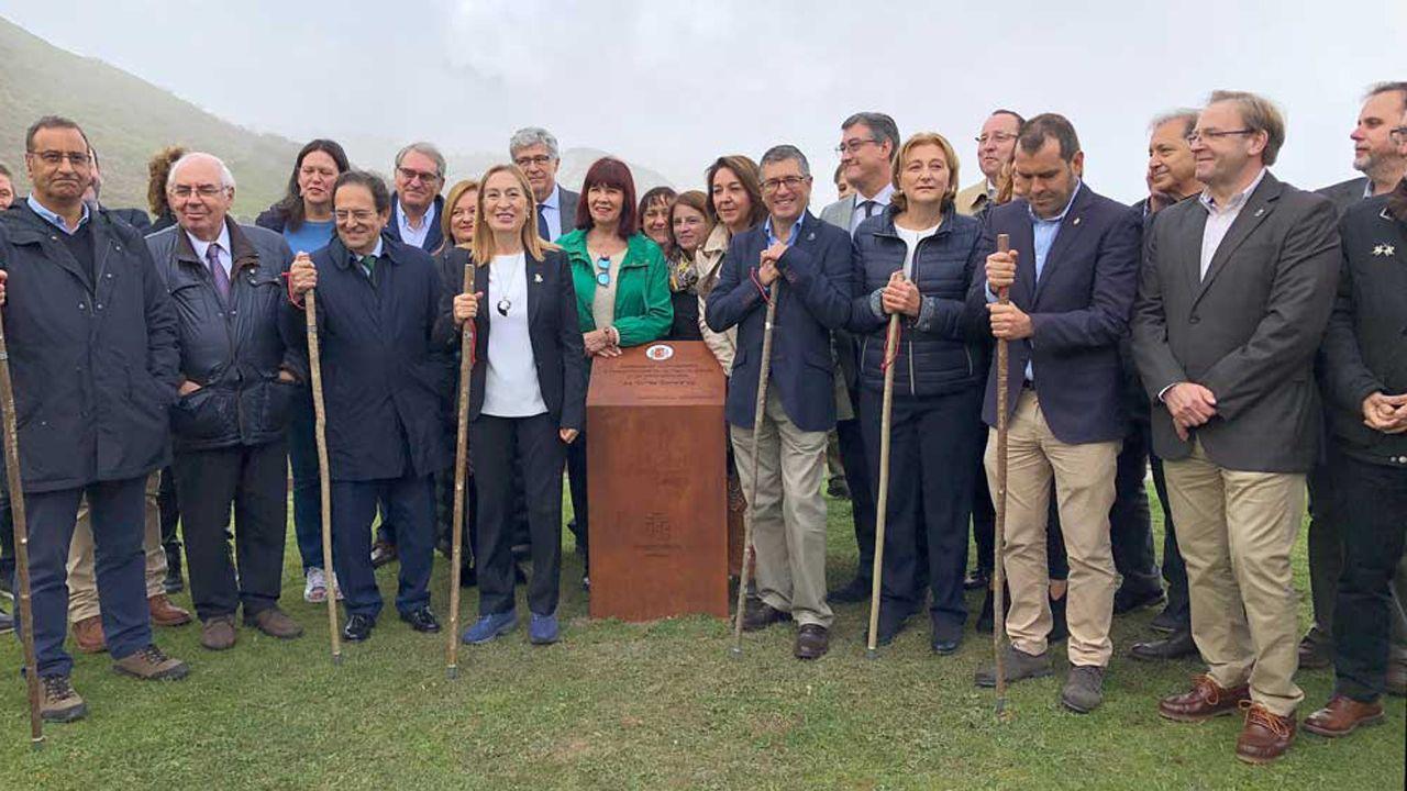 Rufián, expulsado del hemiciclo tras un intenso rifirrafe con Borrell.Ana Pastor ha presidido los actos de comemoración del centenario de Picos de Europa