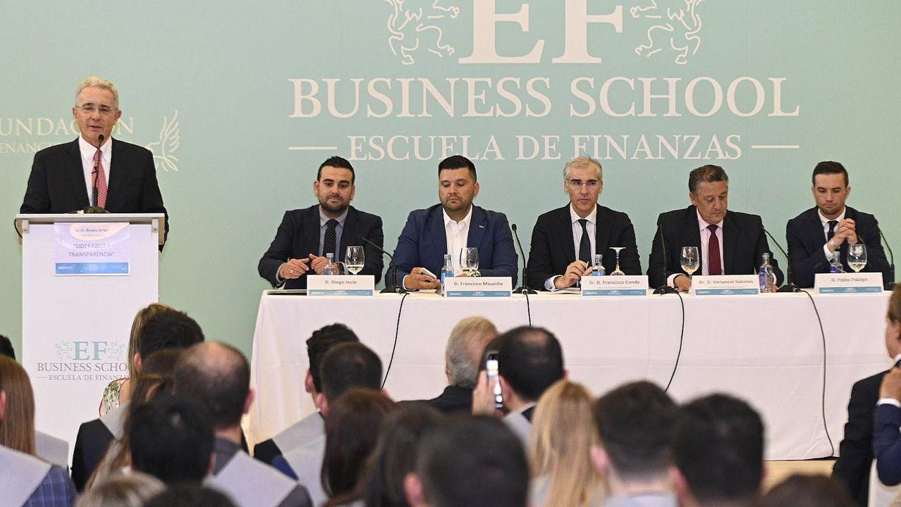 El expresidente colombiano Álvaro Uribe, durante la conferencia que pronunció en A Coruña en el marco de la clausura del curso de la E F Business School