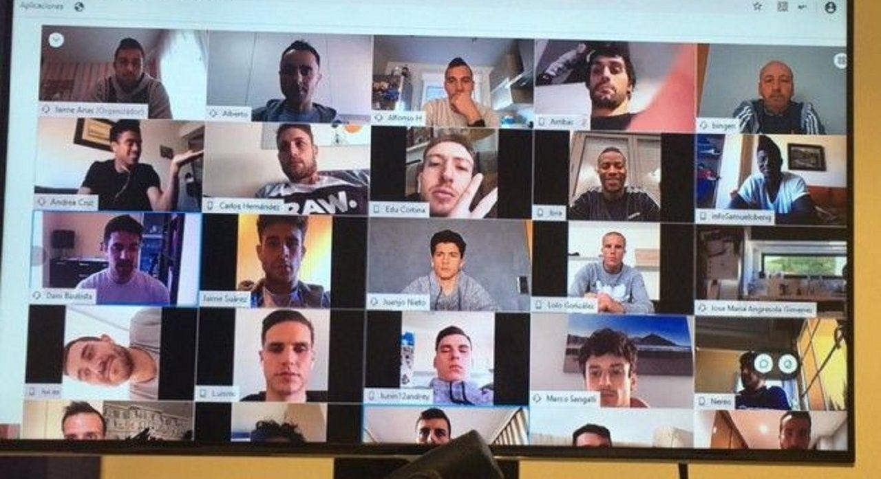 Videollamada de los jugadores del Real Oviedo