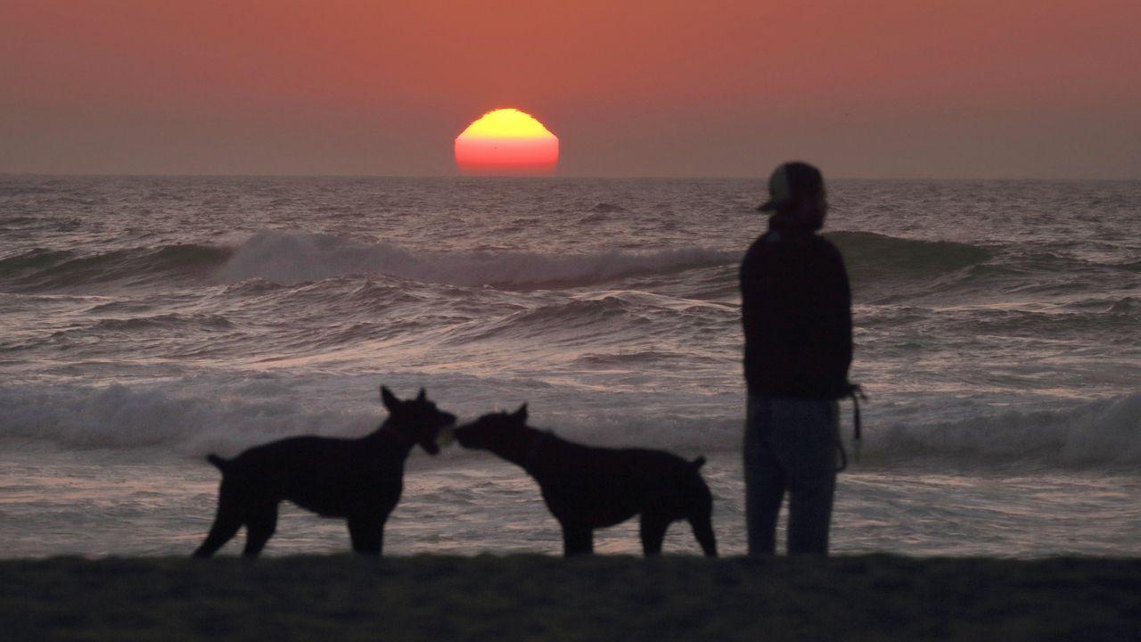 El sol vuelve a Galicia.Fitzroy fue el creador de la agencia meteorológica inglesa