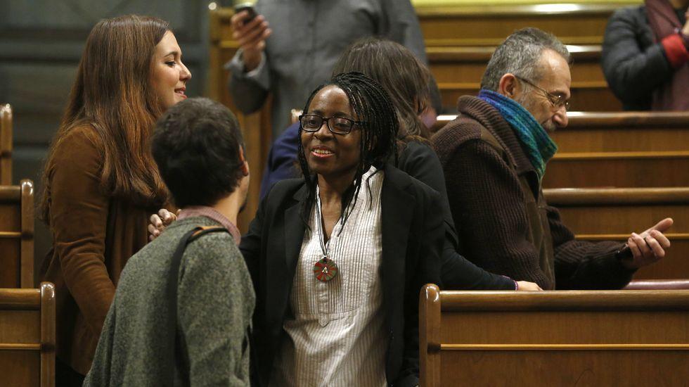 La primera diputada negra, los que llegan en bici y otras imágenes que deja la sesión constitutiva del Congreso