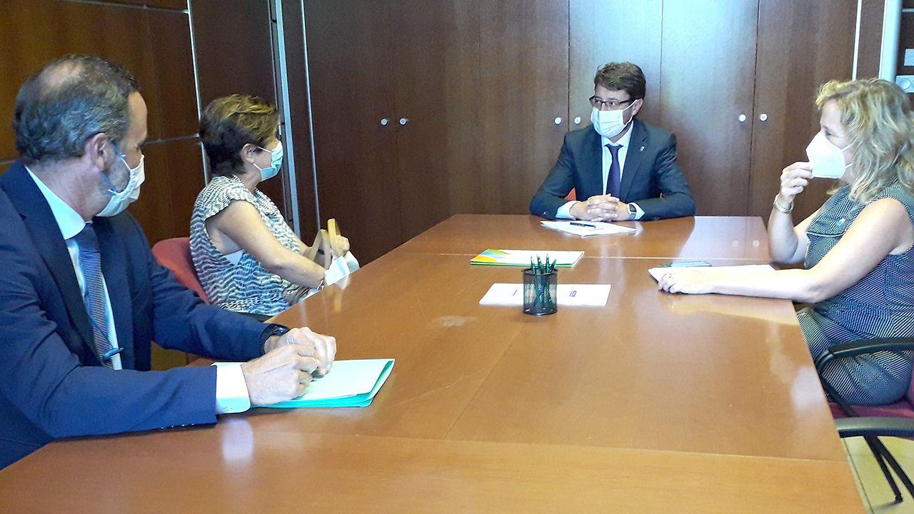 Imagen de la reunión con Iberdrola