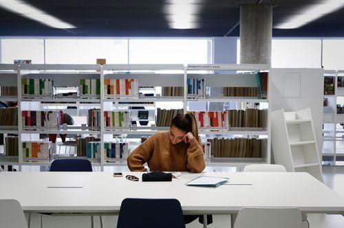 Biblioteca Pública de Ourense.Las zonas de estudio cuentan con conexiones a la red