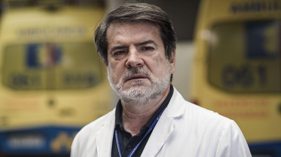 Francisco Aramburu es el jefe del servicio de Urgencias del CHUO