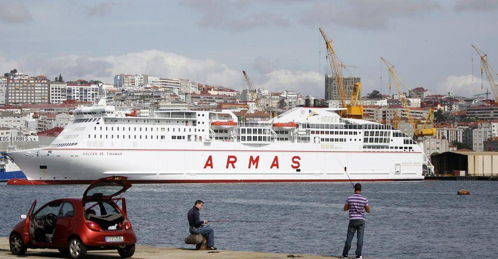 El ferri Volcán de Tinamar fue el último buque que salió hasta la fecha de Barreras.