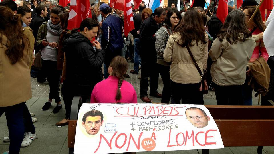 Manifestación en Lugo.Medio millar de lucenses se unieron a la marcha contra la reforma educativa